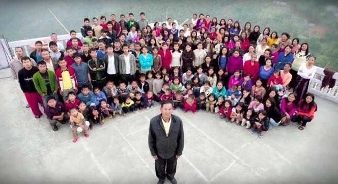 ലോകത്തിലെ ഏറ്റവും വലിയ കുടുംബം ഇന്ത്യയില്, 180 പേര് ഒന്നിച്ചൊരു വീട്ടില്