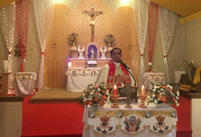 ഡിട്രോയിറ്റ് സെന്റ് മേരീസ് ക്നാനായ ഇടവകയില് റവ .ഫാ .ബോബന് വട്ടംപുറത്ത് പുതിയ വികാരിയായി ചാര്ജെടുത്തു